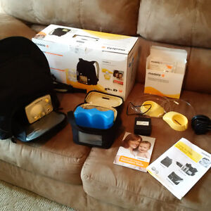 Medela breast pump carrying bag and accessories