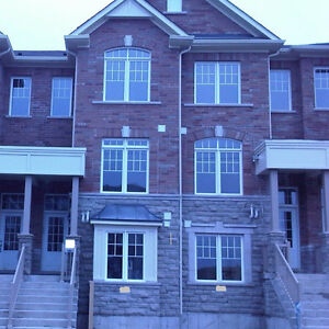 Three-Bedroom Town House For Lease In Markham