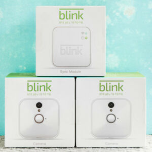 Blink Home Security 2 Cameras plus Sync Module - Mint Condition