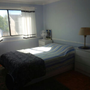 Big room! For student! Available March!
