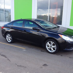 REDUCED...2011 HYUNDAI SONATA With Only 50km Showroom Condition