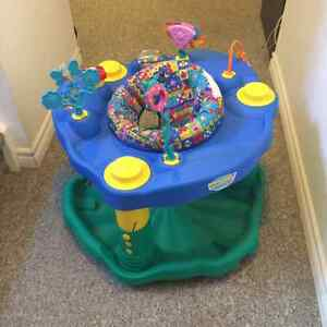 Evenflo ExerSaucer Deluxe