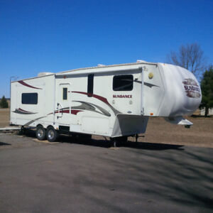 Fifth Wheel, Roulotte, Caravane, camping