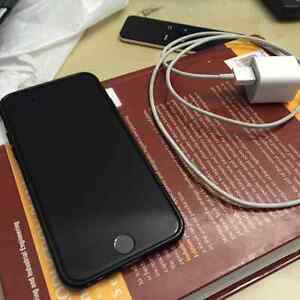 MY IPHONE 6-16gb (UNLOCKED) FOR SALE ( VERY GOOD CONDITION )