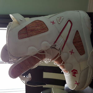 Womens 9.5 NorthWave Freedom Boots