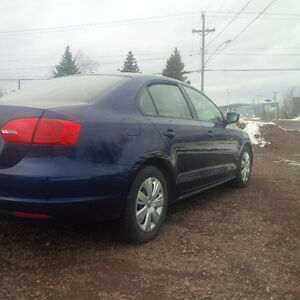 Nice Car!! 2011 VW Jetta, Great Tires. Automatic,Heated Seat