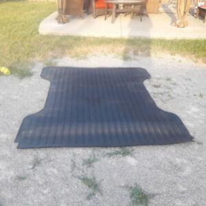 Pick-Up Truck Heavy Duty Rubber Bed Mat (NEW)
