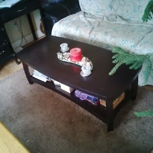 dark brown coffee table! GREAT condition