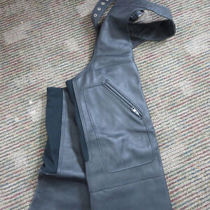 Mens Leather Motorcycle Chaps Excellent Condition $50