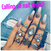 Nail tech to rent room