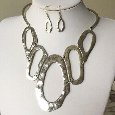 silver Tone Big Oval Hammered Hoop Gradual necklace earring set -