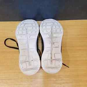 Womens U.S. Polo Sneakers Size 10 Downtown-West End Greater Vancouver Area image 4