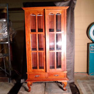 ANTIQUE REPRODUCTION DISPLAY CABINET