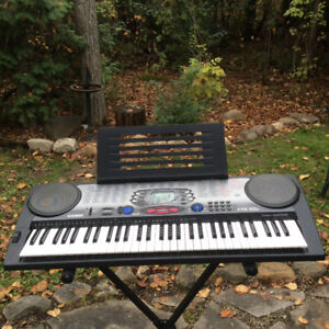 Keyboard..Casio Model CTK 551.  Light use with stand $100