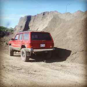 Lifted 1993 jeep cherokee country