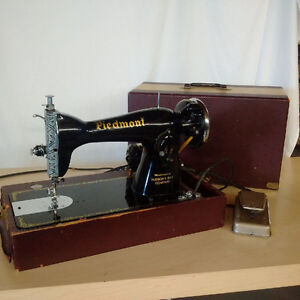 Vintage Piedmont Sewing Machine - circa 1940