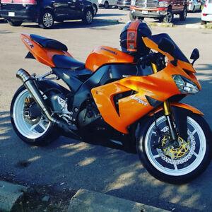 2004 Kawasaki ZX10R
