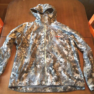 Sitka xl goretex downpour jacket