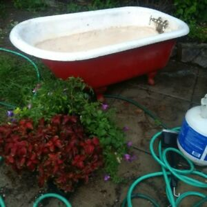 Cast Iron Claw Foot Tub, Large, heavy duty, Old