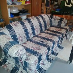 Clean Sofa in Good Condition