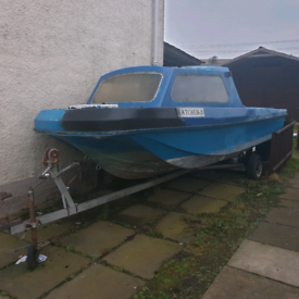 Pilot 520 project boat and trailer