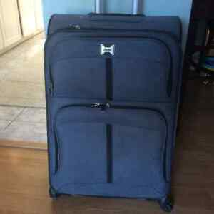 """Grey Luggage -4 Wheels by """"Jeep"""" Size: 28h"""