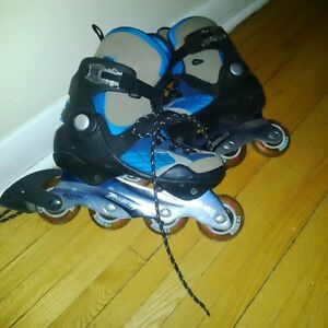Roller Blades - almost new - women size 6