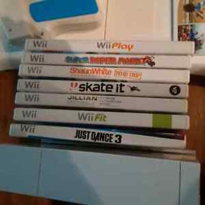 Wii Console with Accessories Plus Wii Balance Board and Games Kitchener / Waterloo Kitchener Area image 3