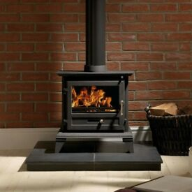Firefox 8.4 classic log burner (winter bargain) Defra approved!
