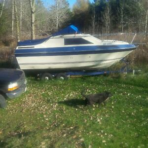bayliner with trailer 1500 firm! London Ontario image 1