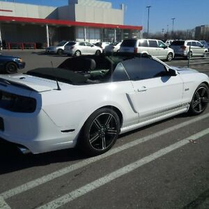 2014 Ford Mustang GT Convertible - California Special