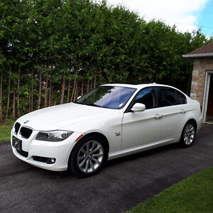 2011 BMW 3-Series i XDrive Sedan