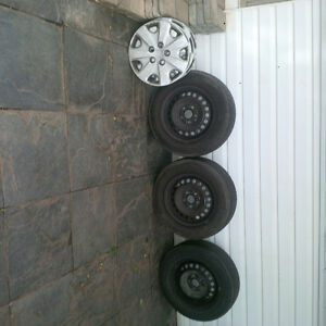 3 Motormaster  205/65R15 SE2 Tires on rims
