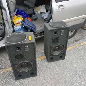 audio tech speakers 100 obo good condition 9I10