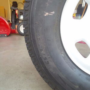 4 Michelin X Snow Tires Like New London Ontario image 3