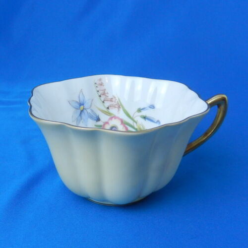 Shelley China WILD FLOWERS Yellow STRATFORD Vintage Tea Cup & Saucer England