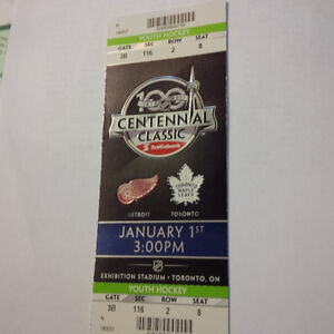 TORONTO MAPLE LEAFS vs DETROIT CENTENNIAL CLASSIC TICKET STUBS