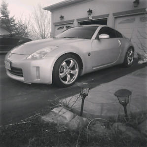 2008 Nissan 350z grand touring.