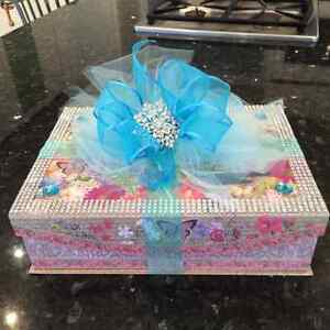 GIFT MONEY BOX FOR SALE