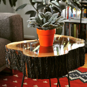 Live edge log coffee/side table with hair pin legs, brand new
