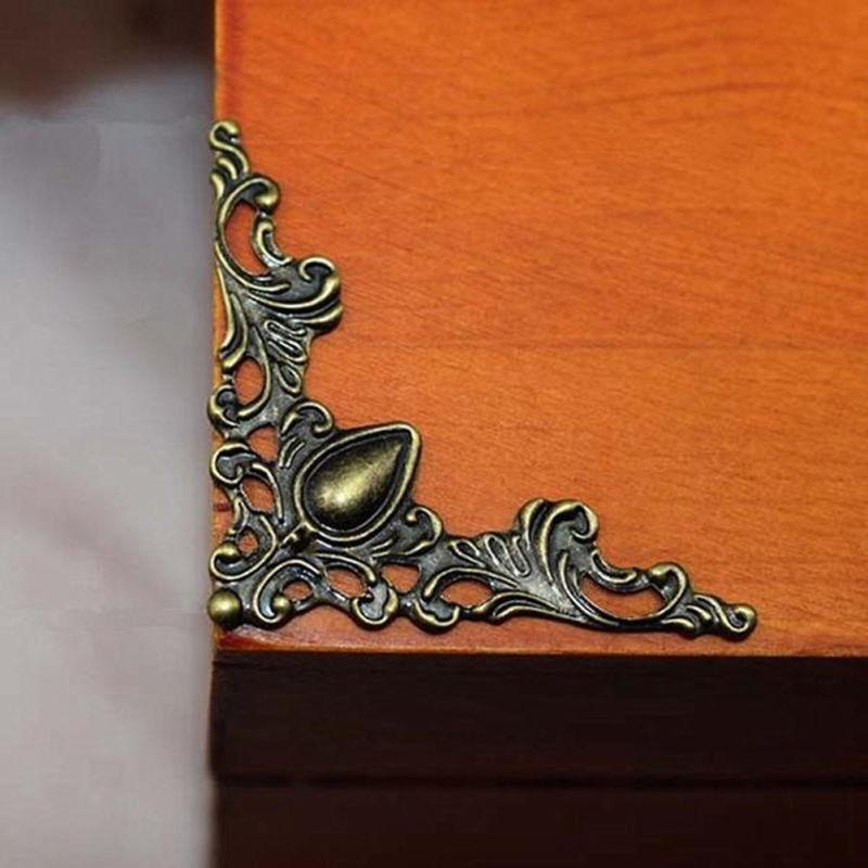 100 Stück Buchecken Metallecken Ornamente Buch Ecken Schutzecke Eckenschoner 8mm