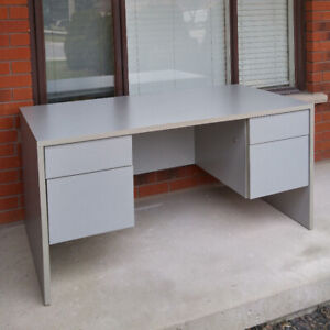 """Office Desk (High Quality. 60"""" long, 29 3/4"""" wide, 29"""" tall)"""