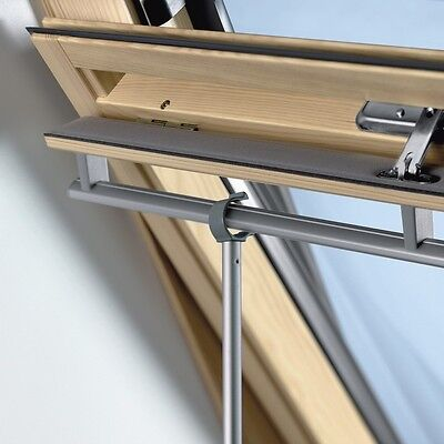 VELUX ZCT200 Telescopic Rod Pole To Operate VELUX Blinds Skylight Roof Window