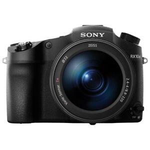 Sony RX10 M3 25 times Optical zoom