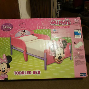 Brand new Disney Minnie toddler bed in box