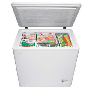 Danby 5.1 cu. ft. Chest Freezer With  Digital Thermostat