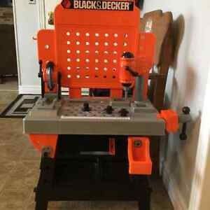 KIDS WORK BENCH WITH TALKING TOOL BOX