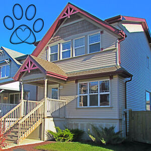 *FREE MONT RENT* HUGE PET FRIENDLY HOUSE WAITING FOR YOUR FAMILY