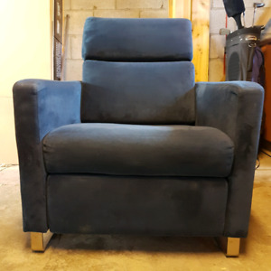 EQ3 Lawrence Recliner Chair in Navy Blue