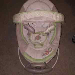 Baby Bouncer (Like New)